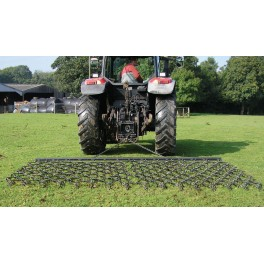 14ft Chain & Spike Trailed Harrow with Folding Wings