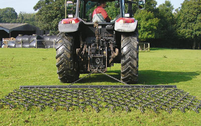 TRAILED FIXED HARROWS